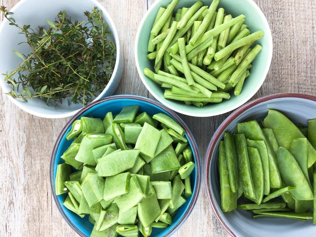 selbstgemachter-bohnensalat-aus-dreierlei-bohnensorten-gesund-essen